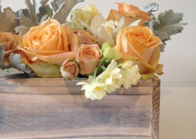 july-floral-box-spring-flowers-close-up