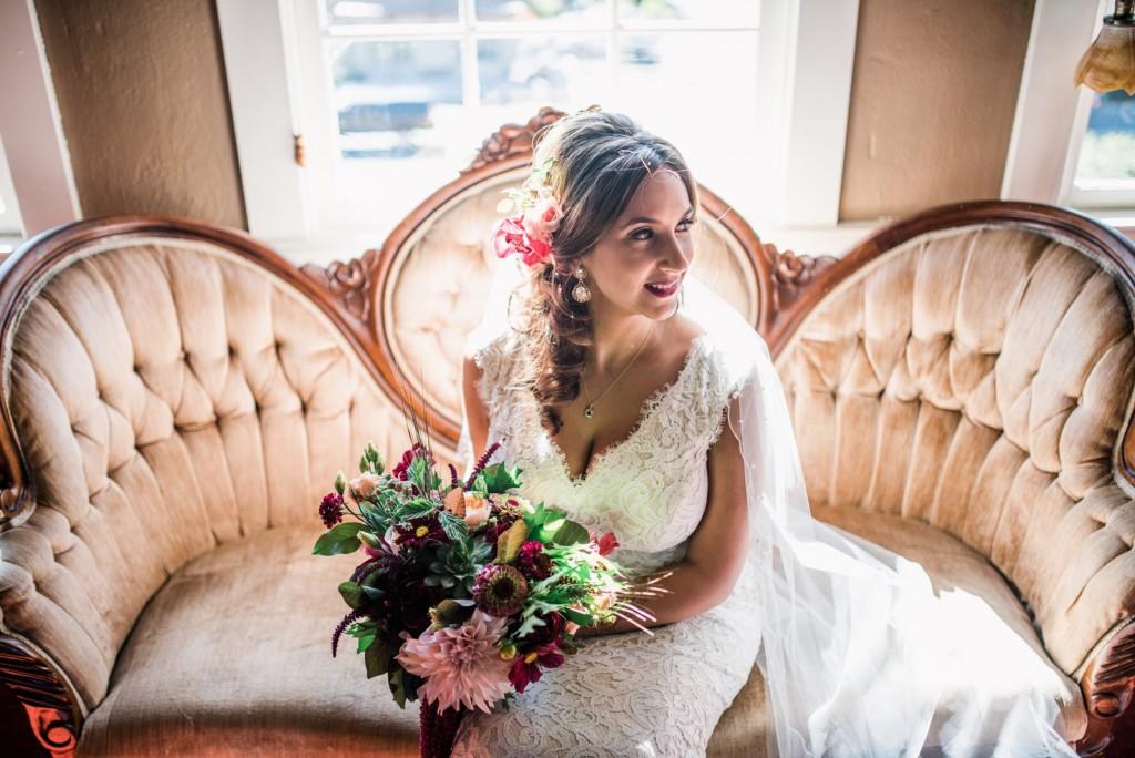 richardnahil-ryan-flynn-photography-seattle-hollywood-schoolhouse-wedding-portraits-0010
