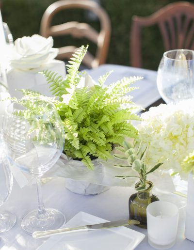 Katie Parra / july-floral-tablescape
